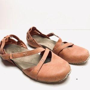 AHNU Peach Pink Sport Flats Mary Jane Shoes sz 6.5